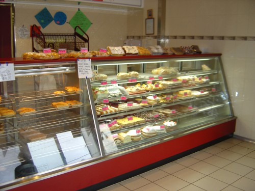 Practical Products Custom Made Bakery Display (5)
